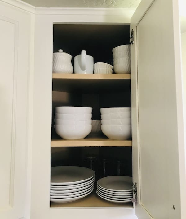 Organize a Small Kitchen: cabinets